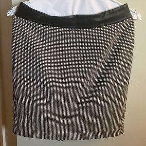 Faux Leather Trim Pencil Skirt